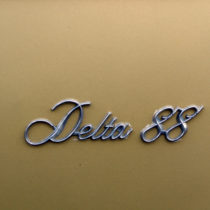 """Delta 88"" - Chrom auf Gold"