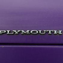 """Plymouth"" - Chrom auf Lila"
