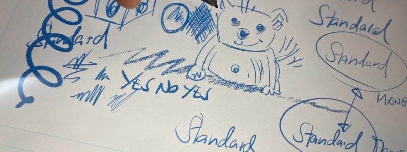 Striche, Texturen, Handschrift und Zeichnung auf dem Digitaltablet